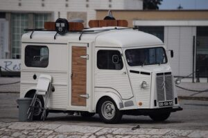 van truck mobile