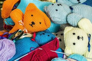 yarn bears craft